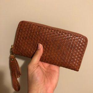 NEW Brown Basket Weave Pattern Wallet